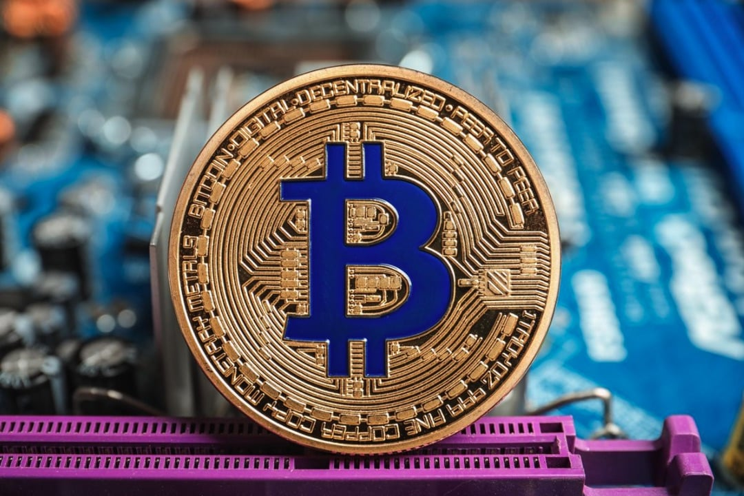 Bitcoin BTC FUD Double Spend Inflation 10